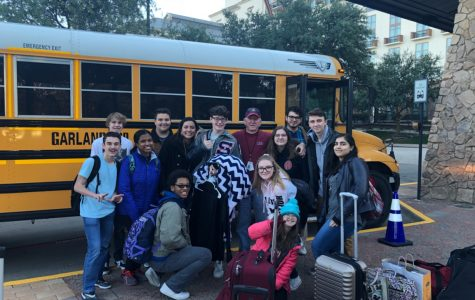 Members of the Sachse Mustang Theatre arrive at the Gaylord Texan for the Texas Thespian Festival